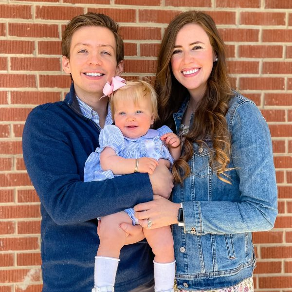 Embryo adoption parents Nicholas and Andrea Darby with their daughter Vivian.